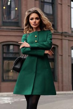 30 Delicate Winter Jackets To Try Right Now – Fabtrendco Source by mintrockco outfits hijab Classy Outfits, Stylish Outfits, Coats For Women, Clothes For Women, Mode Hijab, Elegant Outfit, Street Style Women, Latest Fashion Trends, Ideias Fashion