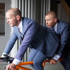 Behind the scenes with the Dutch national blind tandem cycling team, Tristan Bangma and Teun Mulder. Spring Summer 2016, Tandem, Olympics, Behind The Scenes, Cycling, Men Sweater, The Incredibles, Mens Fashion, Suits