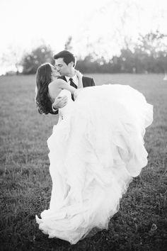 Een prachtige huwelijkszoen.