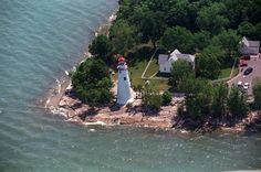 Marblehead lighthouse off Lake Erie. Marblehead Ohio, Marblehead Lighthouse, Camping In Ohio, Camping And Hiking, Yellowstone Camping, Harbor Lights, Waterfront Property, Lake Erie, Great Memories