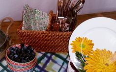 Summer Lovin' Had Me A... Colorful Table — Delight In Design