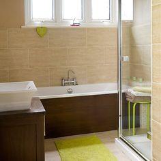 Neutral tiled bathroom | Decorating