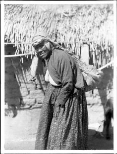 Maria Casseri - Cahuilla - 1899 Native American Baskets, Native American Women, American Indians, San Bernardino Mountains, Native Place, California Missions, Indian Village, White Eyes, Black