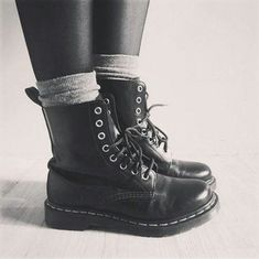 1bf615a1716 90s Combat Boots 7 Vegan Heeled 90s Boots Chunky 90s Black Boots ...