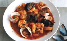 Know the Spanish cuisine and how to do it the most popular recipes.