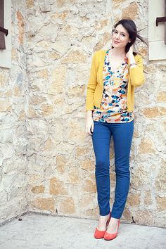 blue pants, printed blouse, mustard cardigan, coral shoes
