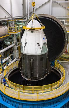 SpaceX's Crew Dragon is at NASA's Plum Brook Station in Ohio, to undergo testing in the In-Space Propulsion Facility. The chamber will allow SpaceX and NASA to verify Crew Dragon's ability to withstand the extreme temperatures and vacuum of space. Nasa Pictures, Nasa Photos, Nasa Images, Daily Pictures, Photos Du, Offshore Bank, Advantages Of Solar Energy, Nasa Astronauts, Nasa Spaceship
