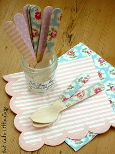 DIY Decorated Spoons using Modge Podge and napkins. A cute and inexpensive way to personalize your party on a budget!