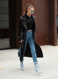 Looks Gigi Hadid, Style Gigi Hadid, Gigi Hadid Outfits, Street Style Outfits, Mode Outfits, Teen Fashion, Winter Fashion, Fashion Outfits, Celebrity Outfits