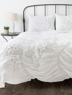 White Hush Comforter Set- want this in purple!!