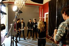 One Direction Unplugged: the Movie, the Girls, the Sold-Out World Tour
