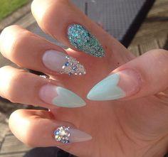 Pretty pointy nails