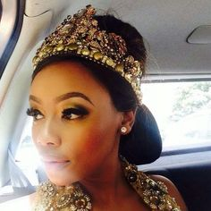 Bonang Matheba style African Beauty, Queen Bees, Cleopatra, Looking For Women, Her Style, Nice Dresses, Captain Hat, Celebrities, Lady
