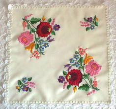 daa4e376c0 A(z) Embroiderys nevű tábla 179 legjobb képe | Hungarian embroidery ...