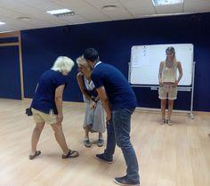 """Comienza el curso """"El arte de hablar en público sin ser actor"""" que imparte la actriz y profesora Rosa Lasierra durante el mes de Julio en la Escuela de Artes Escénicas del Teatro de las Esquinas."""