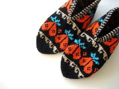 knit slippers Black orange blue Beige by AnatoliaDreams on Etsy