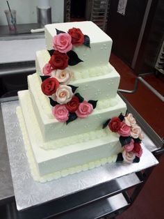 Roses square wedding cake--simple piping & flowers