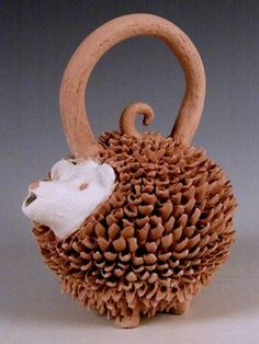 Texas Teapot Tournament - 18 Hands Gallery - Hedgehog - Kim Millspaugh