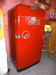 coca cola kitchen table | want my entire kitchen to be 1950s coca cola red
