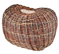 Joe Hogan Contemporary Irish Basket Lichen Bowl - Hounds Of Thesea Making Baskets, Organic Matter, Basket Weaving, Biodegradable Products, Irish, Contemporary, Sage, Crafts, Manualidades