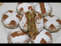 Mini pastilla au poulet, recette de tarte marocaine aux feuilles de brick Website http://sousou-kitchen.com/?p=3608 Recipe in English: http://sousoukitchen-e...