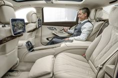 2017 Mercedes-Maybach E-Class interior back seat view