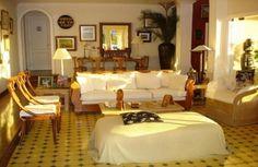 Reception and living area, Casa Grande, Búzios