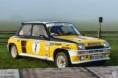 #Renault #R5 #Turbo au Rallye d'Aumale. Reportage complet : http://newsdanciennes.com/2016/04/12/rallye-daumale-autos-margo-polo/ #ClassicCar #Vintage #Car #Voiture #Ancienne