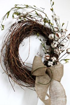 Primitive Front Door Wreath, Primitive Cotton on Twigs, Primitive Vine. Have some gold painted vines mixed into the wreath and a purple ribbon with lace over it. Reminds me of the cotton field we lived by growing up in Alabama. Fall Wreaths, Christmas Wreaths, Christmas Crafts, Christmas Decorations, Christmas Door, Wreaths For Front Door, Door Wreaths, Grapevine Wreath, Burlap Wreaths