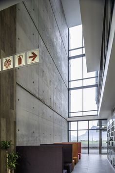 Sable Park comprises two four-storey buildings of and respectively with two levels of underground parking. The buildings are each split into two wings with a central core and full height atrium bringing light into the centre of the expansive floor plates. Commercial Design, Atrium, Architects, Facade, Centre, Buildings, Wings, Plates, Flooring