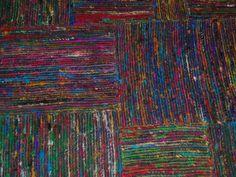 Silkevevd teppe med rutemønster (svart)