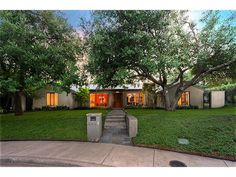 Photo of home for sale at 4445 College Park Drive, Dallas TX