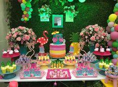 Fiesta isa Small Birthday Parties, 18th Birthday Party, Birthday Party Decorations, Birthday Ideas, Flamingo Cake, Flamingo Birthday, Pink Birthday, Flamenco Party, Hawaian Party