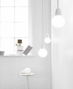 Es werde Licht: 'Bulb Fiction' aus Aluminium und Glas. Hier entdecken und shoppen: http://sturbock.me/vp5