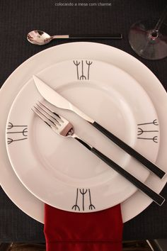 red, grey, black and white table setting