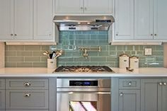 Undercabinet Electrical Plugs Design Ideas, Pictures, Remodel, and Decor