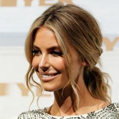 Cute and easy low pony worn by former Miss Universe Jennifer Hawkins.