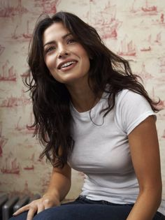 Sarah Shahi photographed by Andy Ryan (2007)