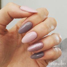 "Gefällt 9 Mal, 1 Kommentare - Rebecca (@bexnailbox) auf Instagram: ""Gel Nails... Polish - Bluesky Polishes 63921 QXG210 'Lace' 63903 'Fairy Dust' #nails #gelnails…"""