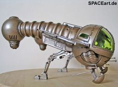 Dune - der Wüstenplanet: Ornithopter » Typ: Modell-Bausatz » Hersteller: Revell » https://spaceart.de/produkte/dwp003.php