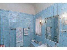 Gorgeous 1928 bathroom 220 N Van Ness Ave, Los Angeles, CA 90004