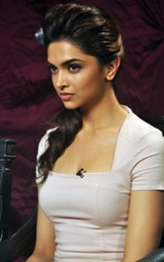 side ponytail Of Deepika Padukone