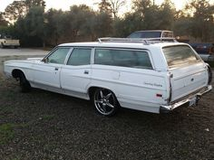 '71 Ford LTD Country Squire Wagon