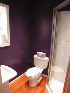 Benjamin Moore Gentle Violet: Love this color Purple Paint Colors, Paint Colors For Home, House Colors, Home Yoga Room, Yoga Room Decor, Purple Bathrooms, Bathroom Colors, Yoga Room Design, Room Paint