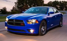 2013-Dodge-Charger-Daytona-front-three-quarters-view-on-track-2-1024x640.jpg (1024×640)