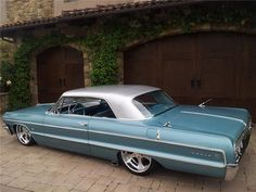 1964 CHEVROLET IMPALA CUSTOM 2 DOOR HARDTOP - Barrett-Jackson Auction Company