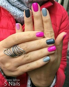 Give style to your nails with nail art designs. Donned by fashion-forward personalities, these kinds of nail designs will incorporate immediate glamour to your apparel. Toe Nail Color, Color Street Nails, Nail Colors, Multicolored Nails, Bright Pink Nails, Uñas Fashion, Super Nails, Spring Nails, Summer Toenails