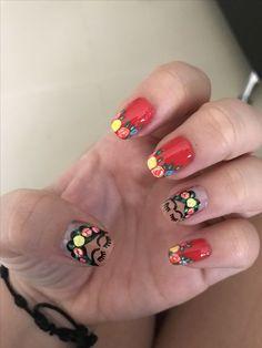 Frida nails DIY Shellac Nails that Are Simple and Cheap Untitled Nail Design Glitter, Nail Design Spring, Nails Design, Flower Nail Designs, Cute Nail Designs, Art Designs, Cute Nails, Pretty Nails, Mexican Nails