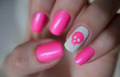 Nails – Pink voltage