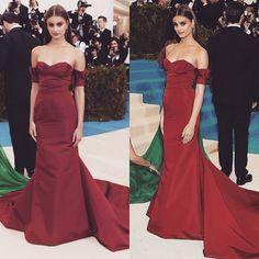 #fashionpost #fashion #famous #celebrity #metgala #metgala2017 #meriamode #2017  #mode #model #modeling #taylorhill #photomodel #photoshoot #photography #runwaymodel #topmodel #supermodel #makeup #belle #beautiful #blogger #blogpost #style #lux#vs#angels http://tipsrazzi.com/ipost/1505841391619002350/?code=BTl0sRzh8_u